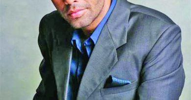 Karan Johar announces release of 'Liger' | The Asian Age Online, Bangladesh
