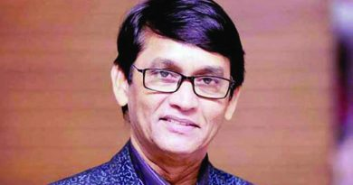 Hakim to carry on acting besides job | The Asian Age Online, Bangladesh