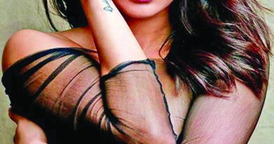 Priyanka paces around with milk in hand for Hot Ones | The Asian Age Online, Bangladesh