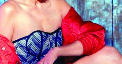 Taapsee Pannu 'hitch-hikes' on last day of shoot for 'Rashmi Rocket' | The Asian Age Online, Bangladesh