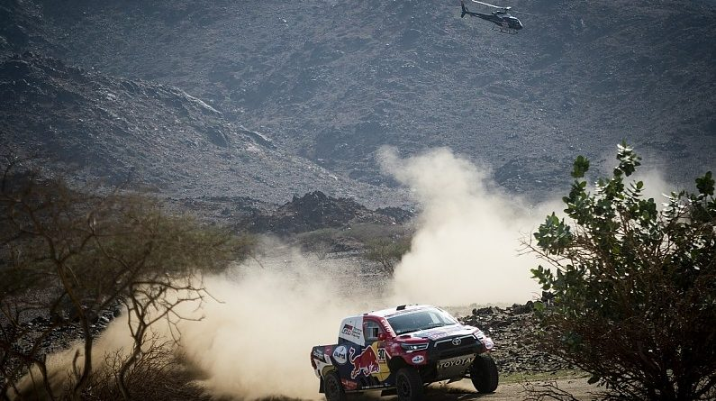 Peterhansel moves into Dakar lead as Toyota's Al-Attiyah wins Stage 2 | Dakar News
