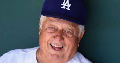 Dodgers Legend Tommy Lasorda Dead At 93