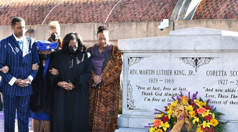 Martin Luther King Jr.'s Family Lays Wreath on His Tomb