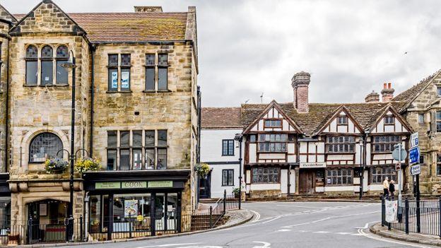BBC - Travel - England's sleepy 'Scientology town'
